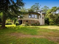 15 Mill Road Harrietville Vic 3741 Australia House for Sale