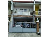 Greenpark Village Manggahan Pasig City House & Lot for Sale