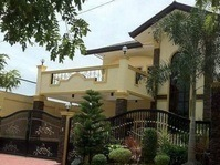 East Fairview Quezon City House & Lot for Sale Near MRT 7