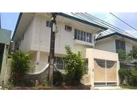 Hobart Homes Commonwealth Quezon City House & Lot for Rush Sale
