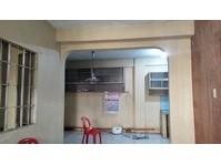 A.M Delos Reyes St Gen. T. De Leon Valenzuela Apartment Rent
