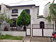 Jubilation, Binan, Laguna House & Lot For Sale 111809