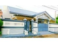 BF Resort, Las Pinas City House and Lot for Sale 121803