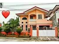 Molo, Iloilo City House & Lot For Sale 121820
