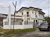BF Resort Village Las Pinas City House & Lot For Sale 011902