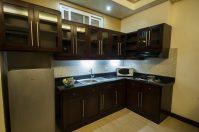 Santonis Place 1BR Kitchen